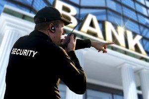nhân viên bảo vệ ngân hàng