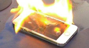 xử lý điện thoại khi bị bốc cháy