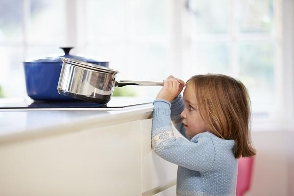kỹ năng khi trẻ ở nhà một mình